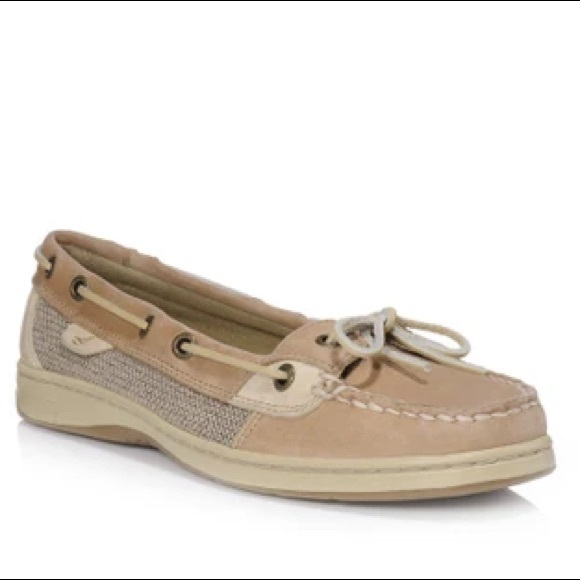 SPERRY ANGELFISH BOAT SHOES SIZE 9 M